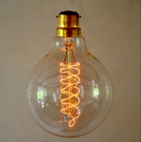 Vintage Style Globe Light Bulb - Medium Spiral