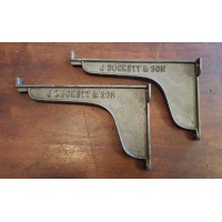 "Cast Iron Shelf Bracket - J Duckett & Son - With Lip - 8"" x 5"""