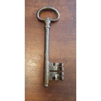 Reclaimed Large Iron Key - Key 2 - Oval Bow