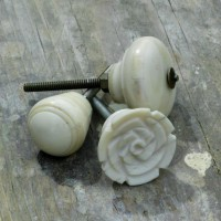 Bone Cupboard Knob - Oval - 30mm